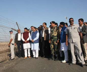 'Seema Darshan' - Gujarat CM launches 'Seema Darshan' at zero point of Nadabet Border